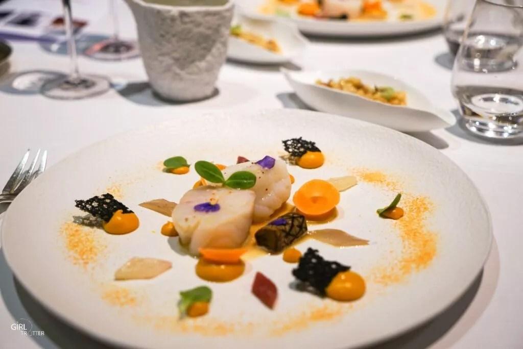 Repas gastronomique au restaurant les Glycines aux Eyzies de Tayac Sireuil