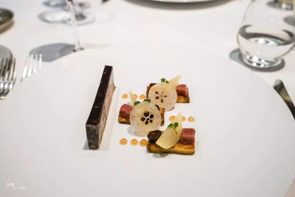 Entrée de repas gastronomique au restaurant les Glycines aux Eyzies de Tayac Sireuil