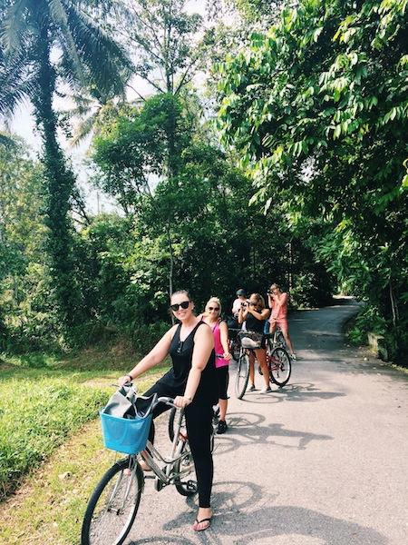 bloggers on bikes