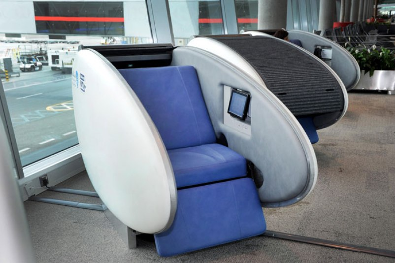 Sleeping pod at Abu Dhabi Airport. Image source.