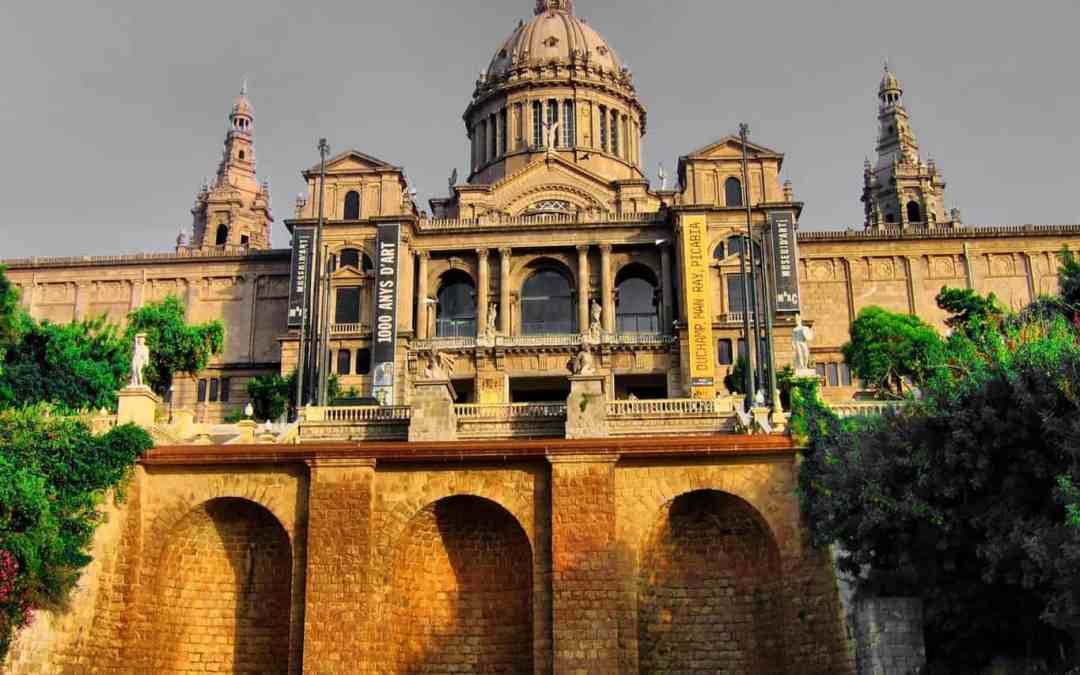 Free Barcelona Spain Attractions: A Financially Unstable Person's Guide to the top 11 free things to do in Barcelona, Spain.