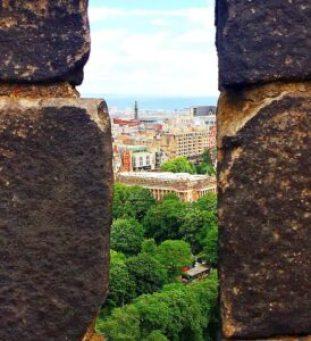 Edinburgh Castle is a great Edinburgh Scotland day trip.