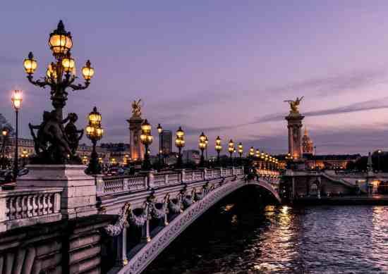 A gorgeous Paris sunset over the Seine.