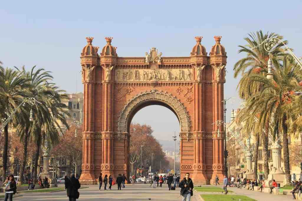 The Arc de Triomf is one of the many amazing things that you'll see during your Barcelona vacation.