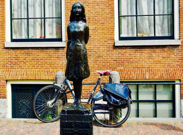 You can't take pictures in the Anne Frank House so this Anne Frank Statue will have to do as photographic evidence.