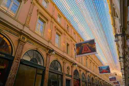 The beautiful Galeries Royales Saint Hubert.