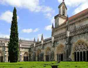 The one of a kind beauty of Jerónimos Monastery.