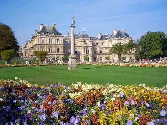 I always love to explore the beauty of Jardin du Luxembourg.