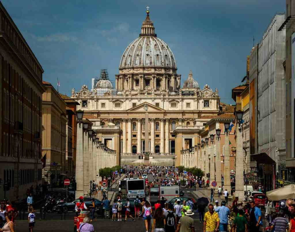 The beauty of St. Peter's Square and Basilica is not to be missed during your Rome 2 day itinerary.