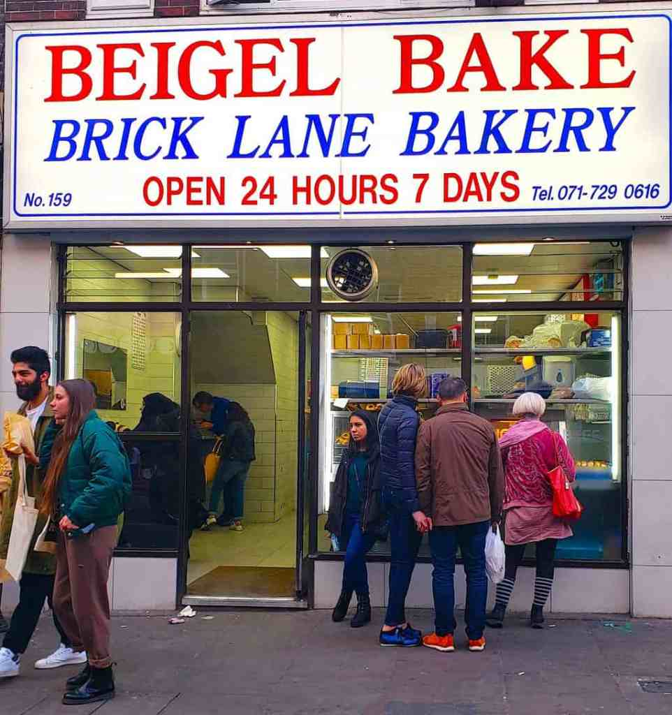 Not sure what to do in Shoreditch? Definitely stop by Beigel Bake for one of the best bagels that I've had in awhile.