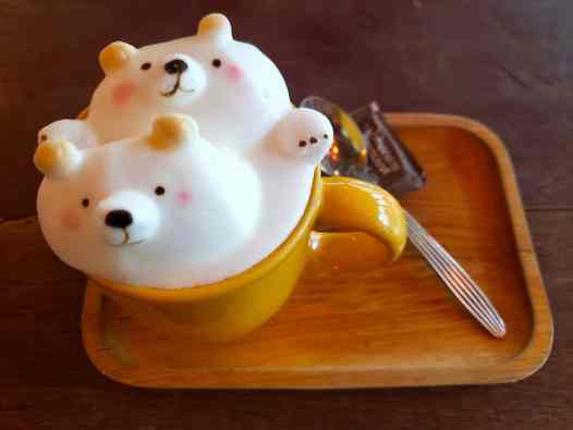 The amazingly cute latte that you'll find at B-Story Cafe in Bangkok.