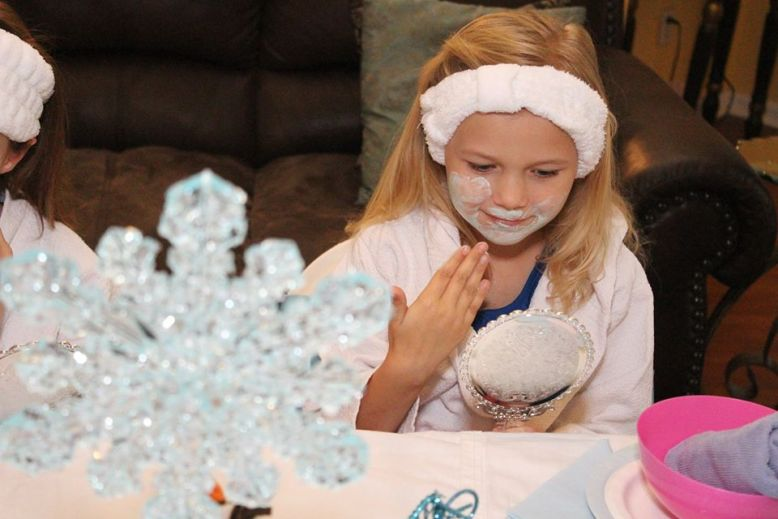 Frozen-Spa-Birthday-Party-1