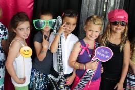 Diva Dance Party Girls Having Fun