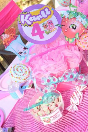 Shopkins Table