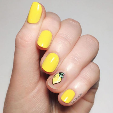 Round Shape Nails