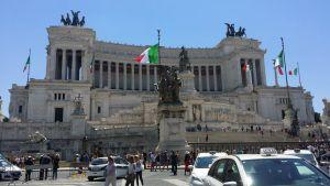 Ponte del 2 giugno in Camper a Roma - Altare della Patria