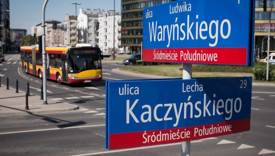 Lech Kaczyński Street in Warsaw, until recently it was People's Army Avenue. Source: Adrian Grycuk (CC) commons.wikimedia.org