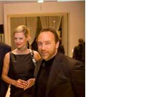 Jimmy Wales; Gisela Schmalz. 5-2009 ©Peter Badge