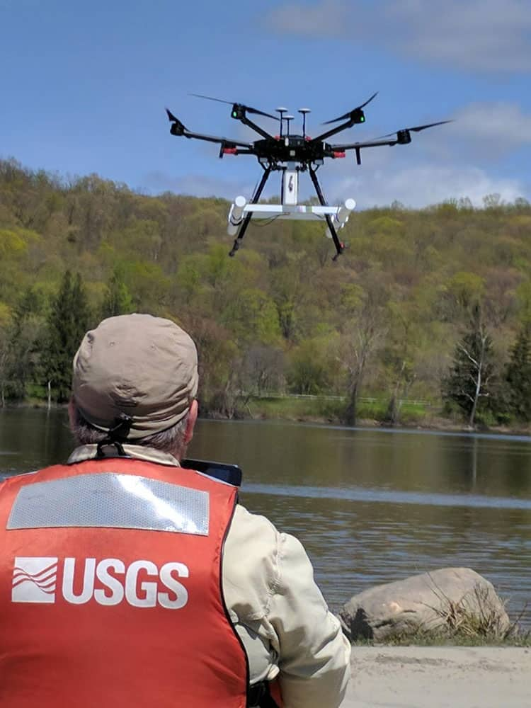 USGS tests drone-based ground-penetrating radar. Photo: Carole Johnson, USGS. Public domain.