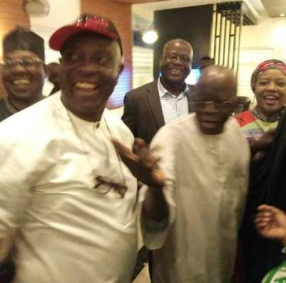 2019:  This Is So Unbelievable – Unexpected Betrayal? Tinubu Caught In The Very Act, gistreelw