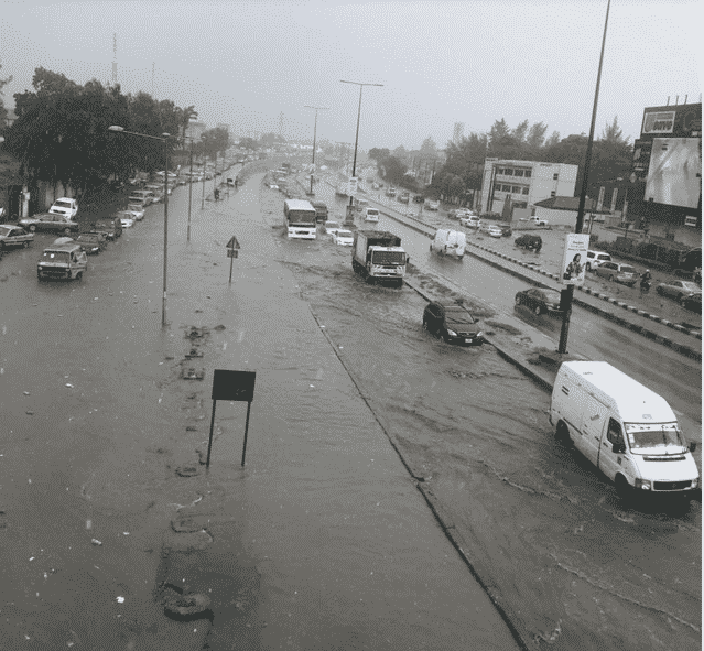 flood6 Ikorodu Cries for Help as   Flood takes over  road in Lagos following downpour (Photos)
