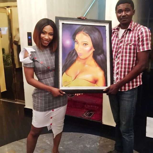 BBNaija 2019: Man presents impressive portrait painting to Mercy Eke