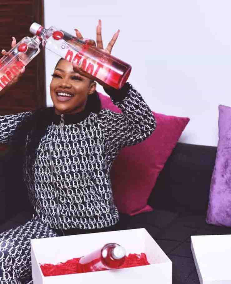 Kemi Olunloyo attacks Tacha, says she did not seal endorsement deal with Ciroc