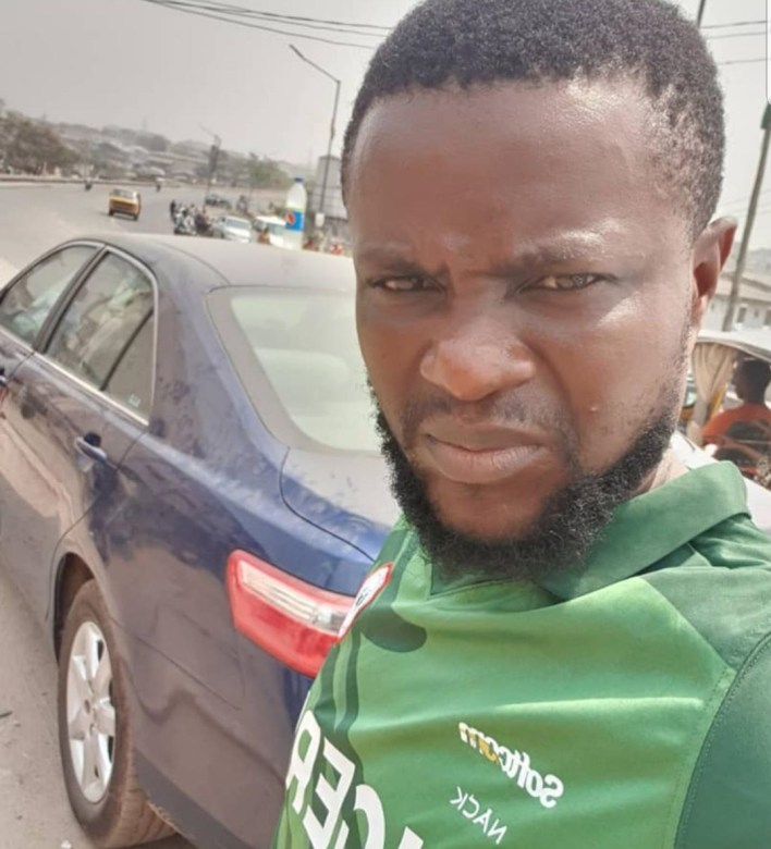 See What Bobrisky's Driver Did To Him And His Mercedes Benz