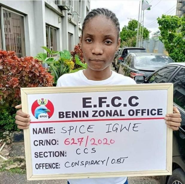IMG 20200716 191458 817 - EFCC arrests 22-year-old boy, mom and girlfriend for suspected web fraud (Photographs)