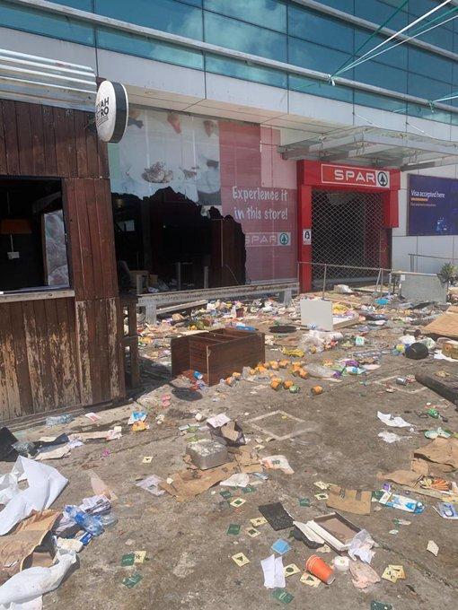 Spar Nigeria vandalized