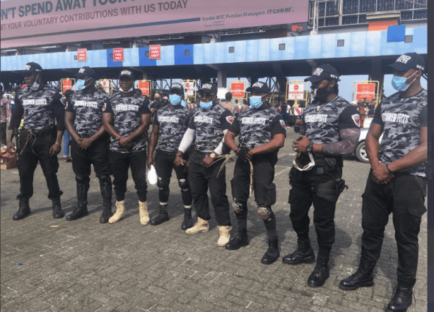 EndSars Protesters Are Getting Securities To Protect Them