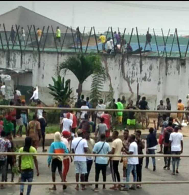 edo prison break; prisoners breaking of white house
