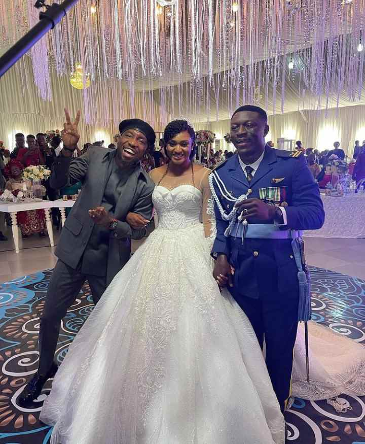 Timi Dakolo Performs For Free After Storming Three Weddings in Abuja