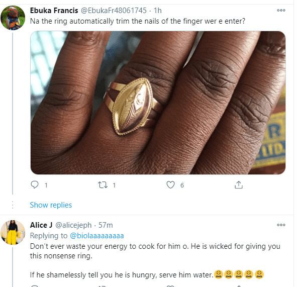 """""""You said yes to Oba of Benin?"""" - Reactions as lady shows off idol crested engagement ring"""