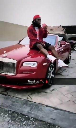 Burna Boy shows off brand new Rolls Royce Dawn worth N140M (Video)