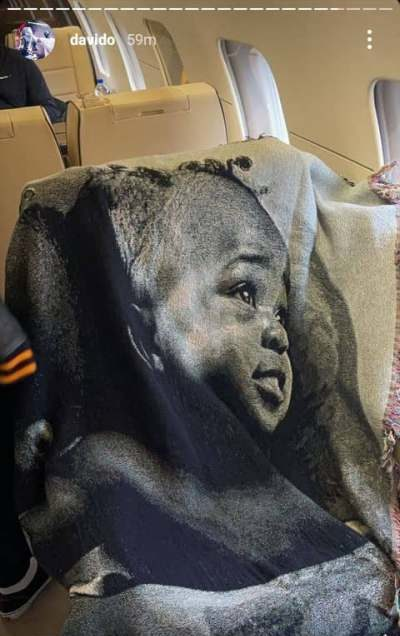 Davido shows off customized blanket with Ifeanyi's face, Chioma's son