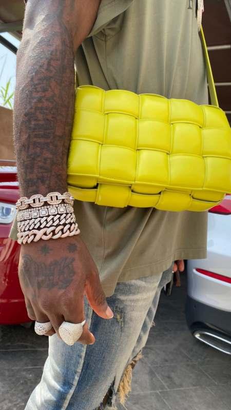 """No be Stefflon's bag be this? Why copy Davido?"" - Burna Boy mocked over his new women's handbag"
