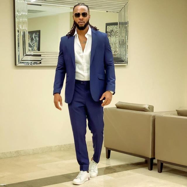 Singer Flavour shares priceless moment with his two daughters and son (Video)