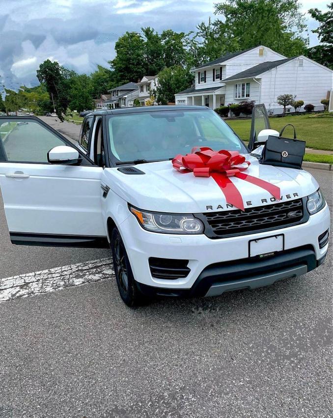 Sonia Ogiri Car Third Range Rover 7 months