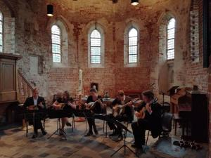 Wereldpremiere op Terschelling: Castalia Mandoline Quintet speelt Bosc, Bach en Boccherini. @ St.Janskerk Hoorn  | Hoorn Terschelling | Friesland | Nederland