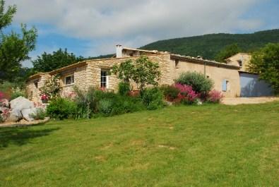 Gîte-l-amandier-entre-Provence-et-Luberon