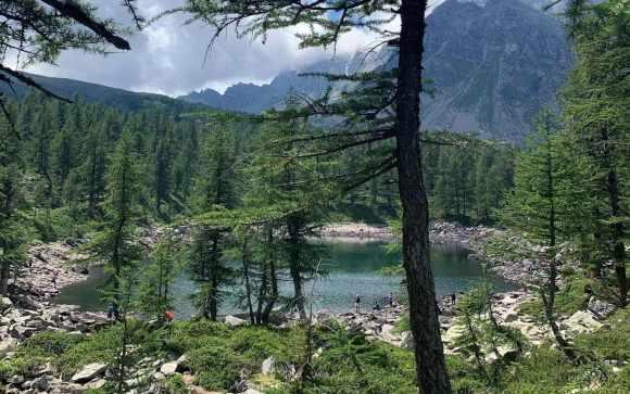 il lago nero è uno dei laghi alpini in piemonte
