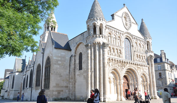 Gites De France Vienne Poitiers Futuroscope Location De