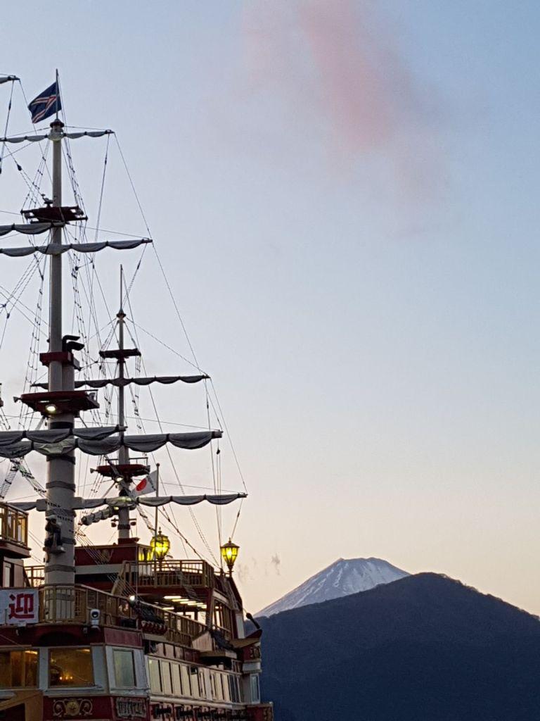 Lgo Asai e nave dei pirati