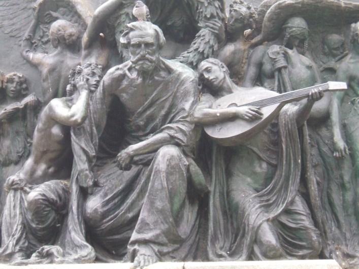 G. Verdi Monumento