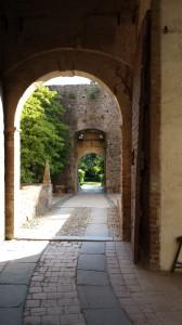 montech-rivellino1 (766 x 1362)