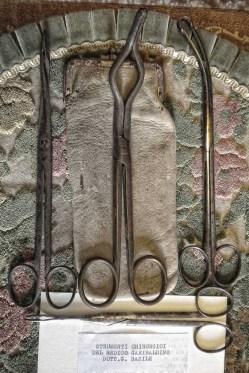 Giuseppe Basile: suoi strumenti chirurgici