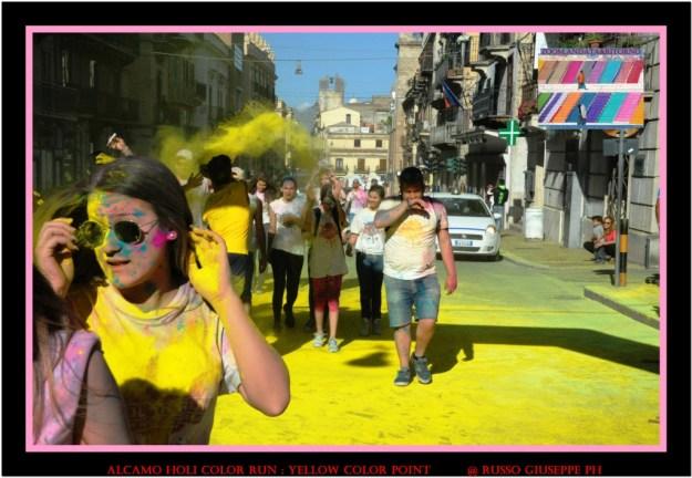ALCAMO HOLI COLOR RUN yellow color point