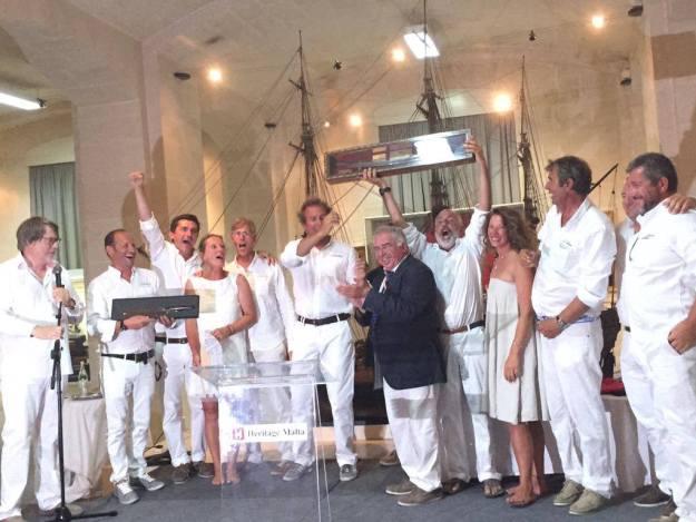 Premiazione finale Lelantina wins 2015 Trophée Bailli de Suffren dopo ultima tappa a malta 8 luglio 2015  foto Facebook Trophée Bailli de Suffren