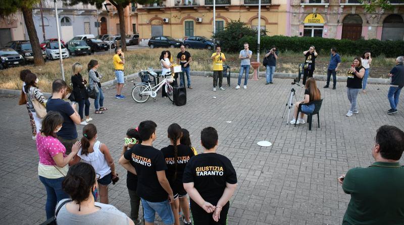 Parte il presidio di piazza Marconi, obiettivo: creare una mappa di comunità del quartiere